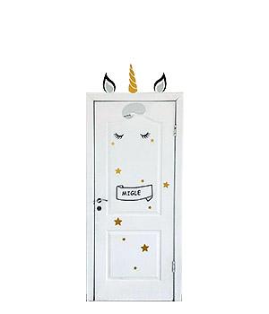 """Vardinis lipdukų komplektas ant durų """"Vienaragis"""""""